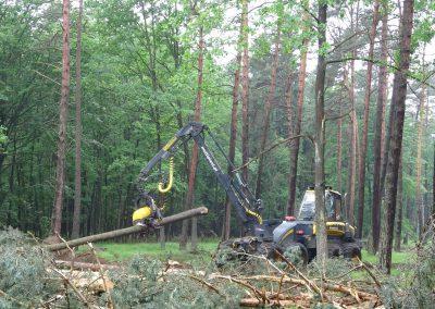 16 2 400x284 - Wycinka - Harvester Ponsse ERGO 8W