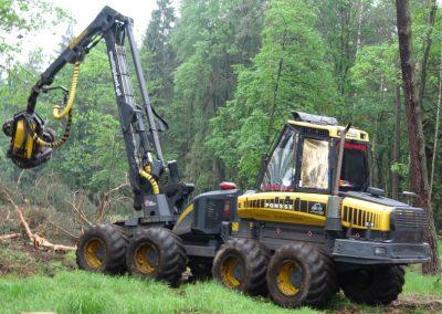 23 2 400x284 - Wycinka - Harvester Ponsse ERGO 8W