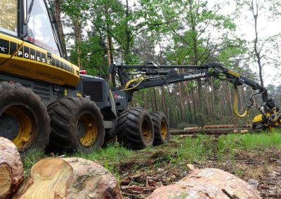 25 2 400x284 - Wycinka - Harvester Ponsse ERGO 8W